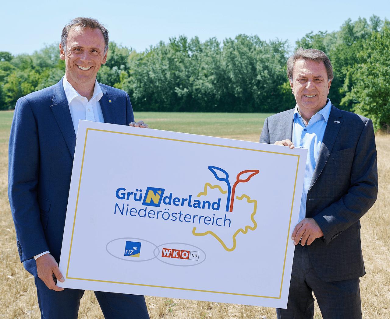 Wirtschaftslandesrat Jochen Danninger und WKNÖ-Präsident Wolfgang Ecker